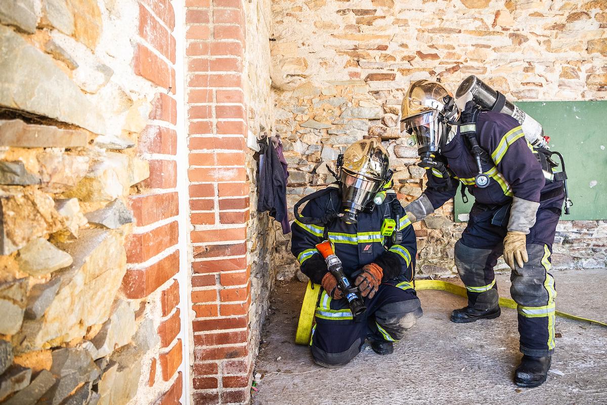 Les pompiers volontaires de Plessé en exercice incendie au Dresny